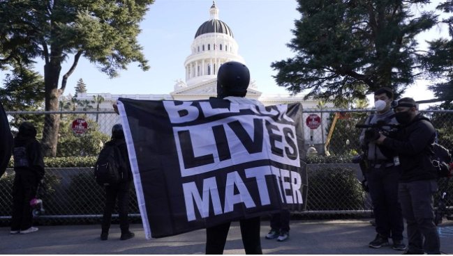 Pew: State Capitols Reckon With Racism in Policing