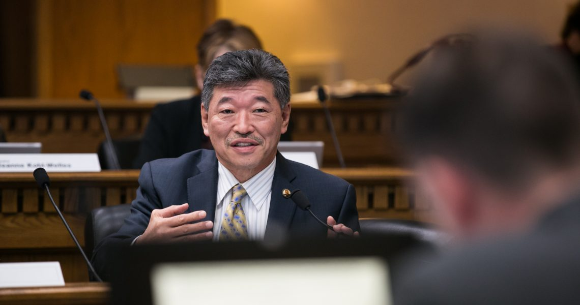Hasegawa offers testimony in support of overturning I-200