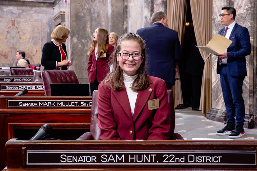 Lacy Nadeau serves as page in Washington State Senate