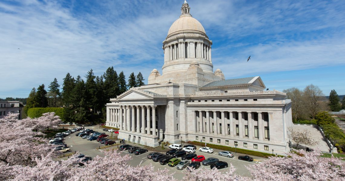 Governor signs bill extending notice for eviction, expanding tenant protections