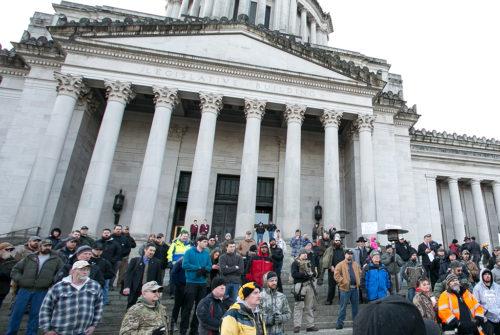 gun rights rally at the WA state capiol