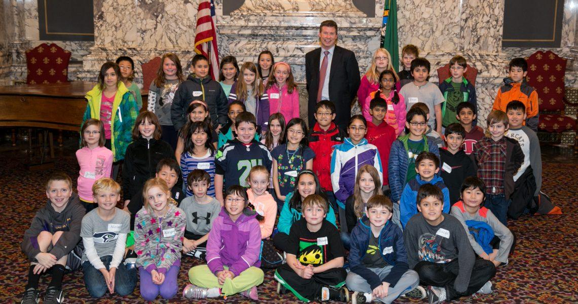 Grand Ridge Elementary students meet Mullet