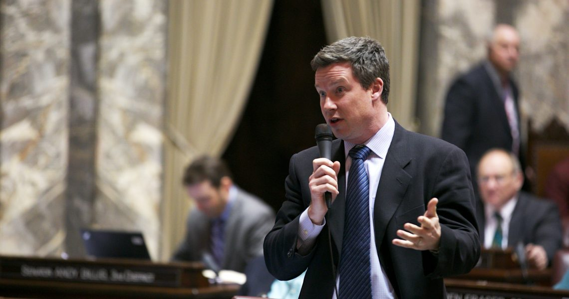 Mullet's top priority health care transparency bill passes Senate