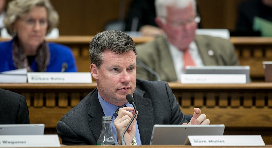 Sen. Mullet pledges to focus on jobs, small businesses in leadership posts