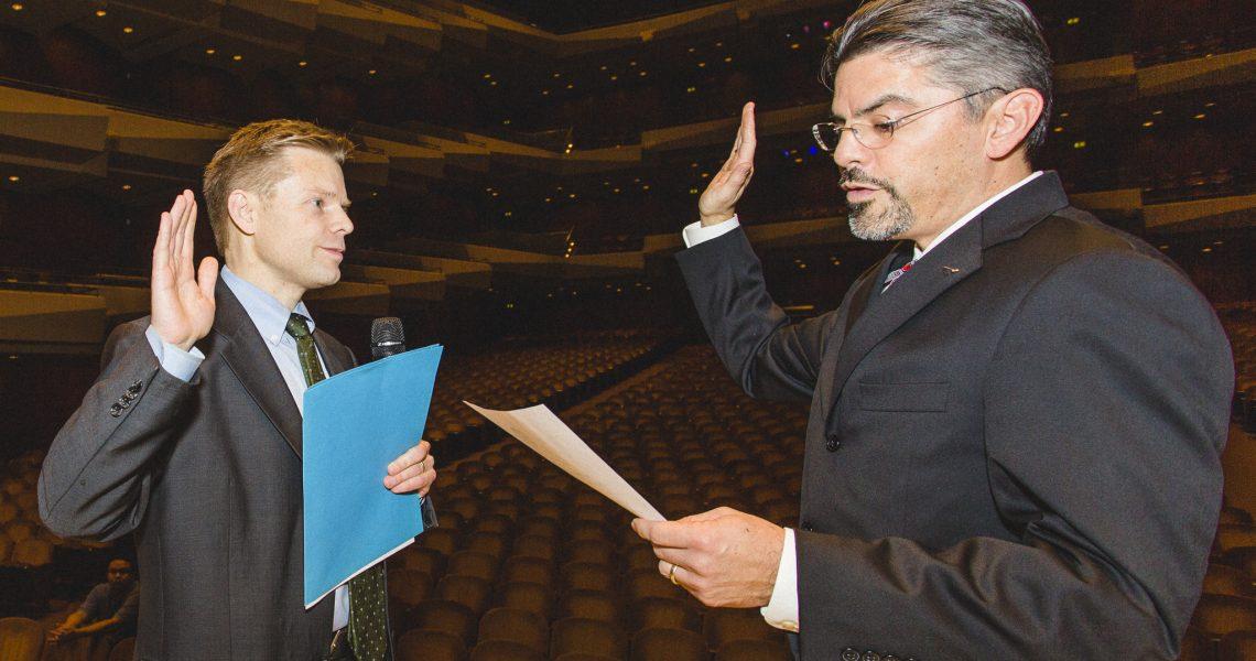 Pedersen sworn in as senator for the 43rd Legislative District