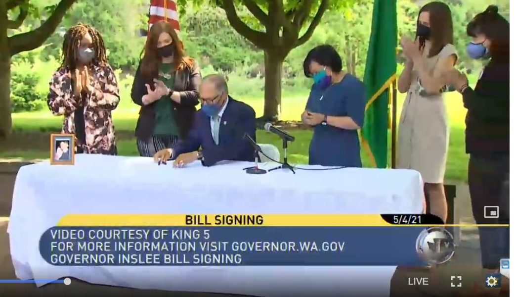 Inslee signs capital gains excise tax into law