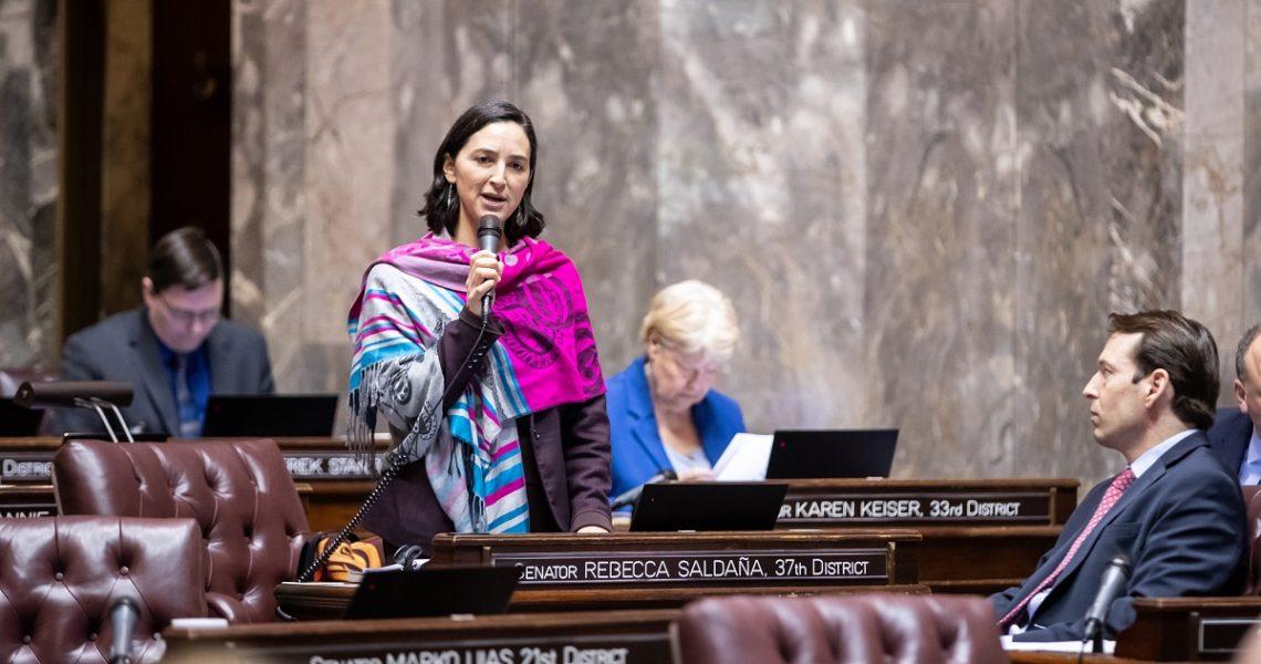 Senate passes Saldaña bill that aims to extend unemployment benefits to family caregivers