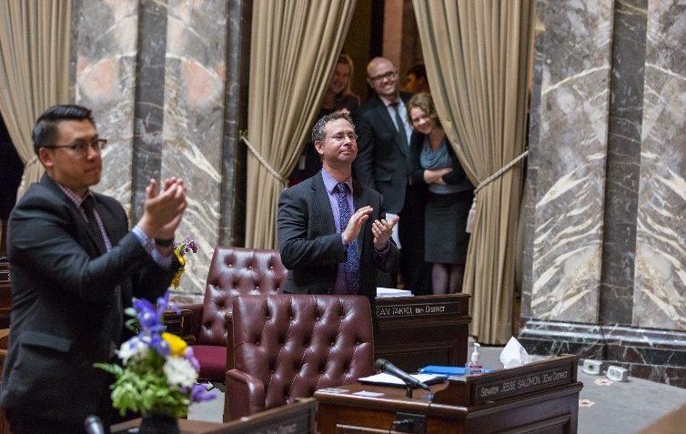 Sen. Salomon on the Senate floor