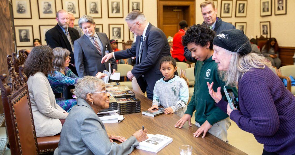 Legislature honors Franklin on Senate floor, celebrates oral history
